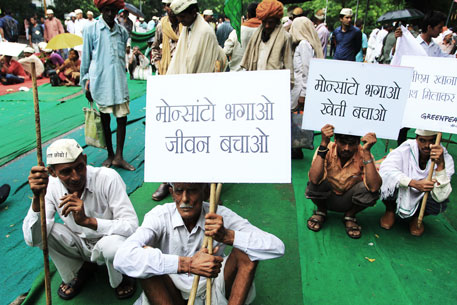 Farmers from twenty states gathered near Janta Mantar to protest against Monsanto, GMOs and biotechnology regulatory bill   (Photos: Soumik Mukherjee)