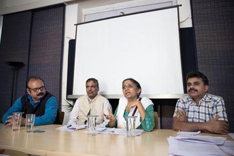 Farmers demand guaranteed income