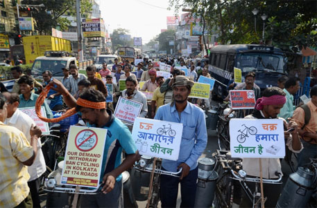 West Bengal transport minister calls cycle ban in Kolkata illegal