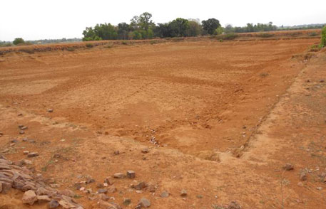 A pond in an improbable area, dry even in the monsoon!