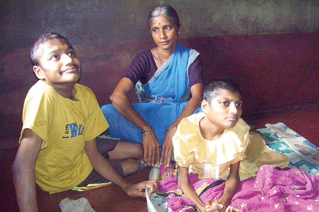 Lalitha Gowda with her children Sharad and Bharathi