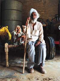 Both Karnail Singh and his wife Balbir Kaur of Jhajjar village in Bathinda are cancer patients