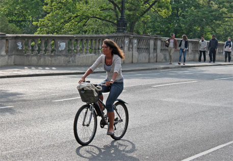 Environment-friendly transport options like the cycle can go a long way in creating sustainable cities (Photo: Tejvan Pettinger/Flickr)