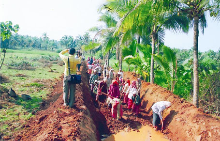 Jharkhand proposes MGNREGA worker unions