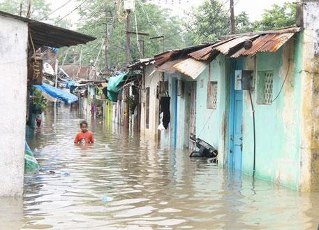 Reservoir overflow worsens flood in Vadodara