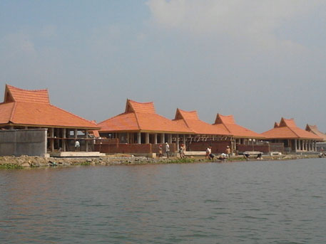 The luxury resort, promoted by Muthoot group and Kuwait-based Kapico group, filled up surrounding backwaters and reclaimed land before commencing construction (Photo by P N Venugopal)
