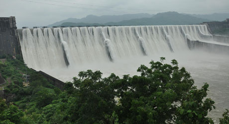 Centre clears Sardar Sarovar dam height increase