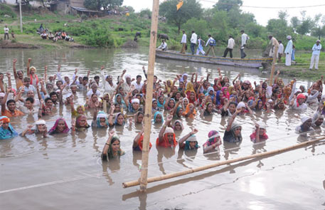 Narmada authority slammed for shoddy canal work, ordered to compensate farmers for losses