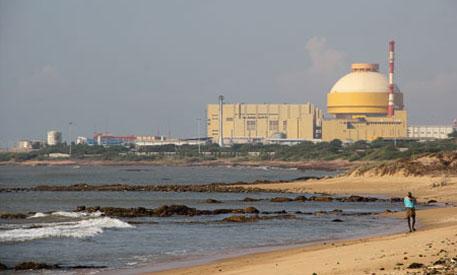 Modi, Obama seal nuclear agreement deal