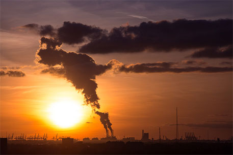 Industrial air pollution has high economic cost, finds study
