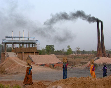 Studies indicate black carbon emissions from brick kilns could be as high as 9 per cent of total black carbon emissions in India (Photo courtest ecobricks.com)