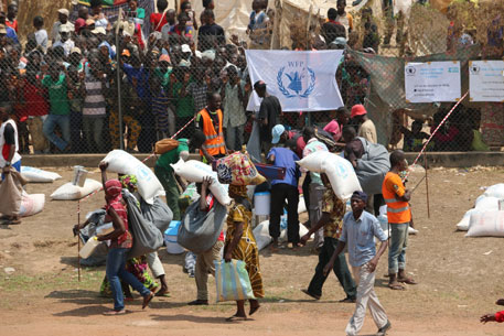 UN to cut food supplies to African refugees