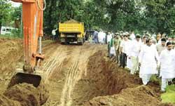 Karnataka begins building Kalasa-Bandurinala irrigation project