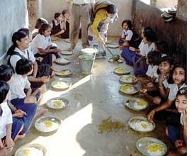 Women SHGs run mid-day meal schemes in Orissa schools