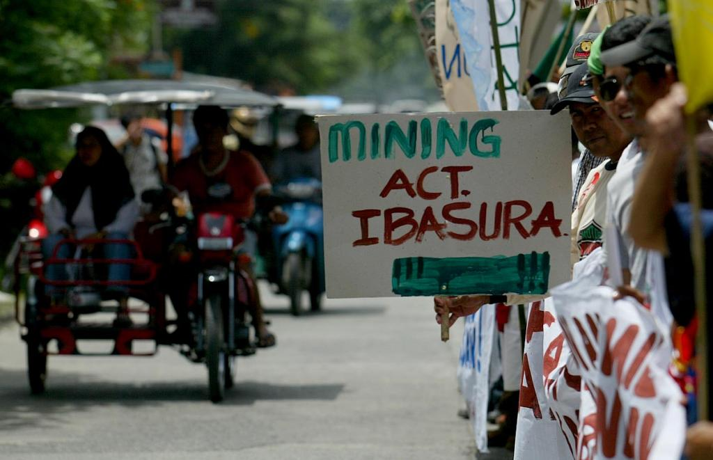 Mining and extractive industries were linked to the most killings of land and environmental defenders in 2015 Credit: Keith Bacongco/ Flicker