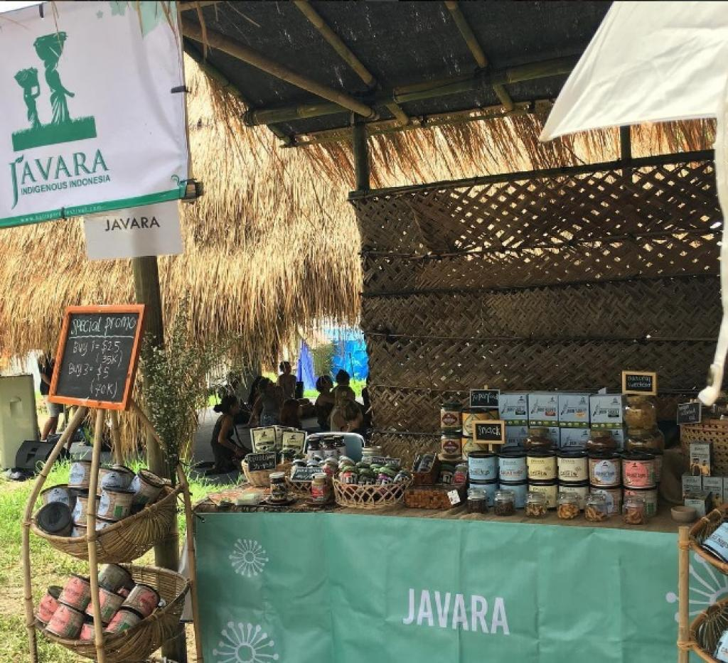 The organisation works with more than 52,000 small-scale farmers and produces 747 different organic products. Credit: JAVARA