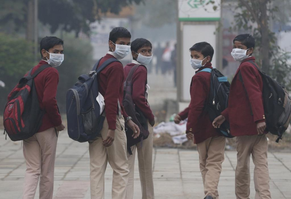 why air pollution can harm the How do factories pollute the air  this trend reflects the amount of human-caused greenhouse gas emissions in the air air pollution can have profound effects on.