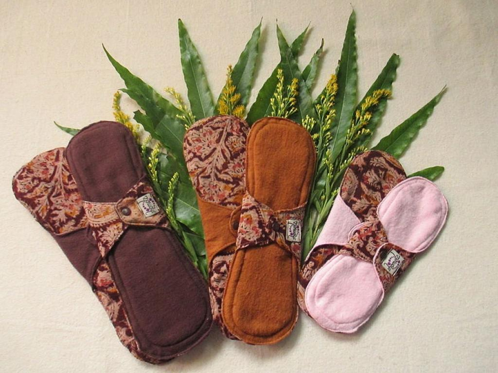 Cloth pads can be very eco-friendly and healthy if used the right way. Credit: Wikimedia Commons