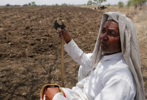 Delay sowing of seeds, IMD tells Maharashtra farmers