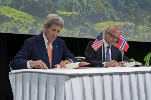Norway and the US agree to collaborate on forests and climate change