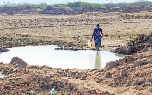 Water scarcity, parched lands stare at peninsular India