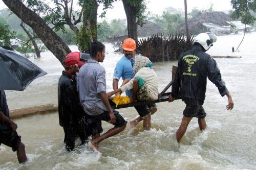 Sri Lanka witnesses worst flood in 14 years; death toll reaches 100
