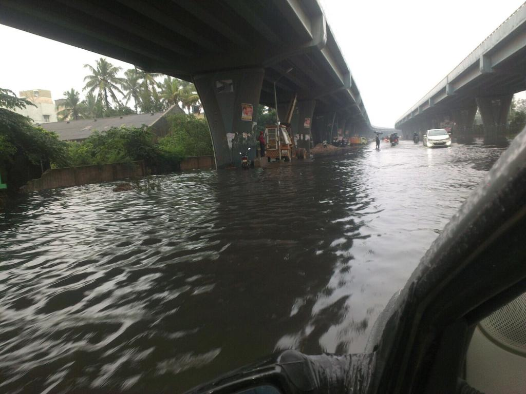 Rains in Chennai paralysed life in the city (Photo: Bhawana Luthra)
