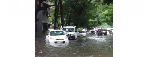 Heavy rains expose Mumbai's vulnerability to flooding yet again