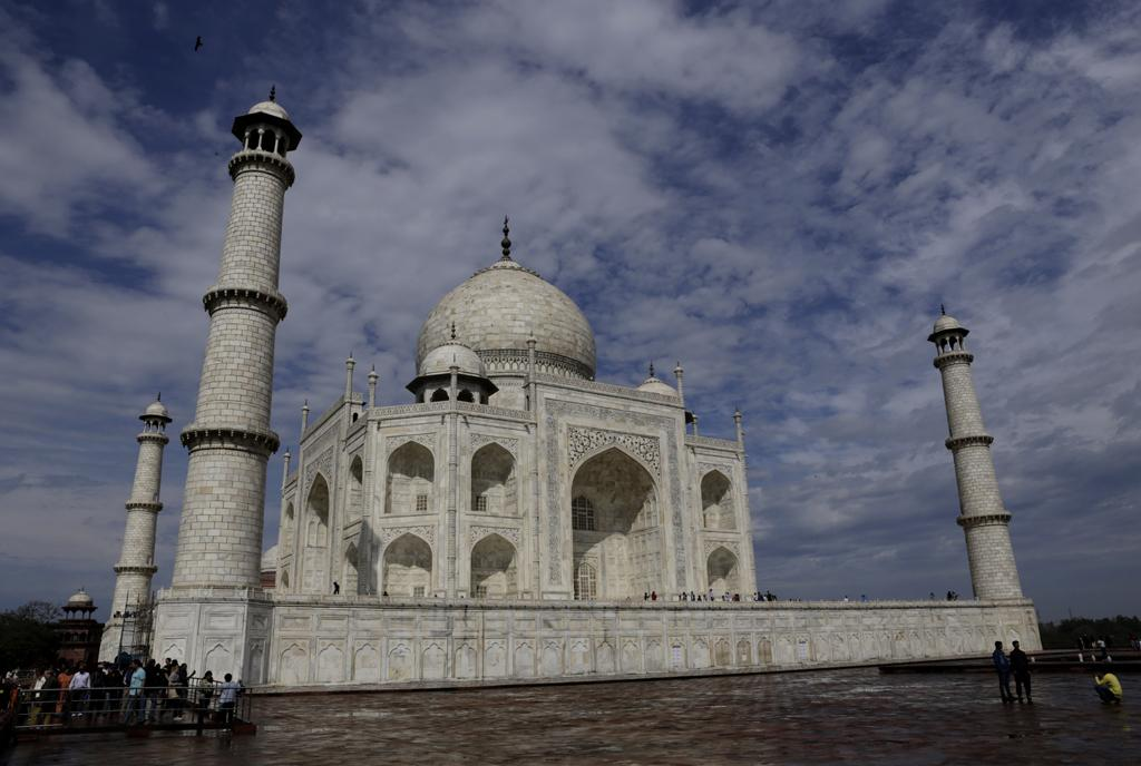 air pollution case study taj mahal