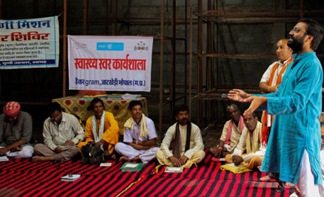 Traditional healers at the  meet organised by CG Net Swara, where they formed an online network, Swasthya Swara to share traditional healing knowledge and bring scientific recognition to their art