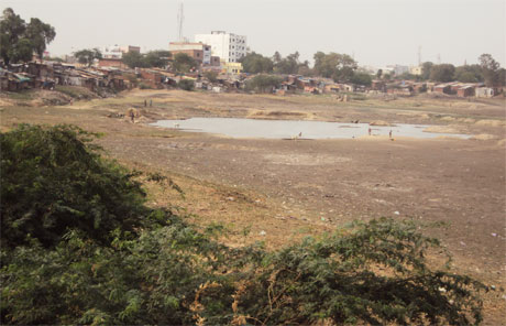 Chandola lake turns into dust bowl