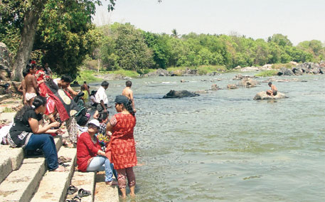 Karnataka has been asked to release 182 tmc ft of Cauvery's water to Tamil Nadu