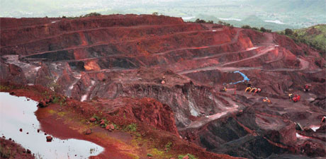 Steel lobby locks horns with mining firms in Karnataka