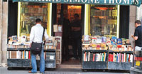 Bookstores say they cannot compete with online retailers
