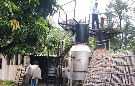 The biomass gasification plant in Sahebganj uses 300 kg of rice husk every day