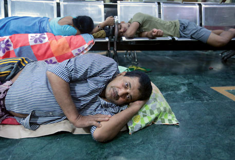 Kailash Jha of Purnia, Bihar, injured his spine in a road accident and is bed-ridden. He has to live in the waiting room outside AIIMS trauma centre with his family each time he comes to Delhi for treatment