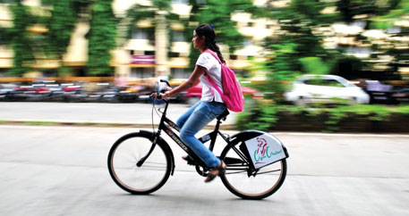 Walking or cycling to work reduces health risks in India