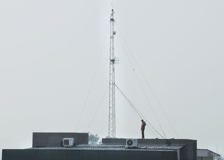 Don't take any ad hoc decision on cell phone towers, IIT profs request Centre
