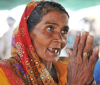 Anguri Bai, who has developed blisters on her feet after walking continuosly for over 10 days, says she will not return home to Barsana till the government releases clean water into the Yamuna