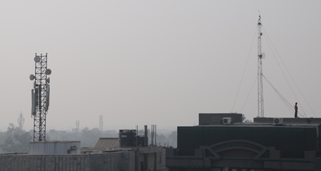 Cell phone tower radiation a pollutant: MoEF panel