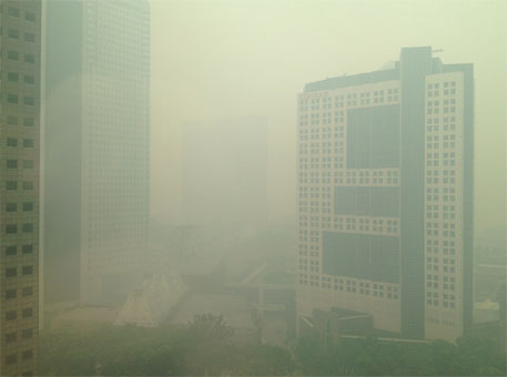 Singapore shrouded in Indonesian haze