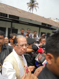 Assam Chief Minister Tarun Gogoi has issued directives to control Japanese Encephalitis and AES