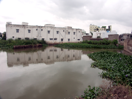 House in Nadeem Colony built inside a lake