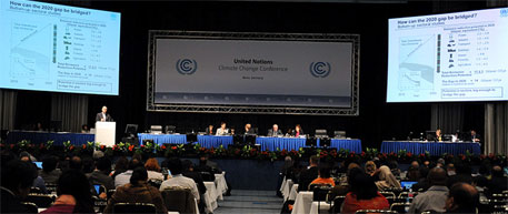 File photo of climate talks (Photo courtesy: IISD)