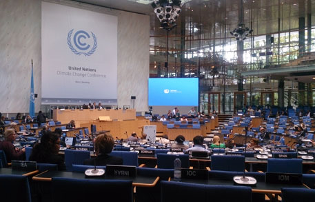 Climate talks in Bonn is about 'building bridges'