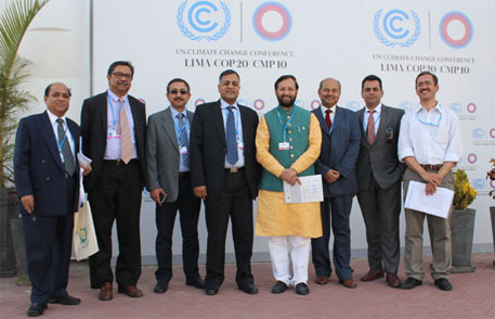 Indian delegation led by Environment Minister Prakash Javadekar at the COP 20 in Lima, Peru (Photo courtesy: PIB)
