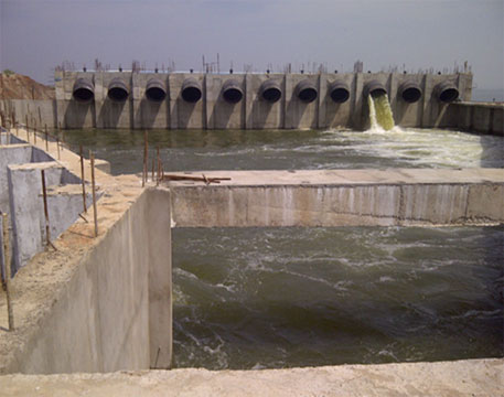 Seven projects in Andhra Pradesh, including the Handri-Neeva (ssen in pic), planned on the basis of surplus water allotted to Andhra pradesh by earlier tribunal headed by Justice (retd) R S Bachawat may be affected by latest tribunal award. The state has already spent Rs 25,000 crore on these projects
