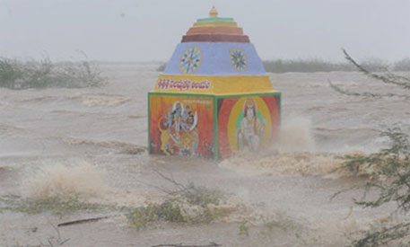 A coastal temple inundated by floods caused by Cyclone Hudhud Image Courtesy: Down To Earth