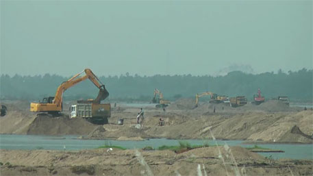 Mining Act does not bar police from prosecuting people found removing sand illegally, rules SC