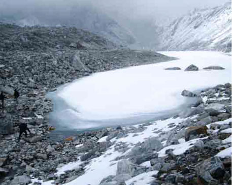 Green Lake (Tikuchina Pokhari),  West Sikkim - a moraine dammed lake formed due to the retreat of glacier near Goecha La. (Photo: Swapnil Awaghade, May 2011)